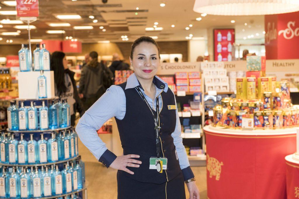 Nicoleta Fernoaga-Broaner in SAR winkel